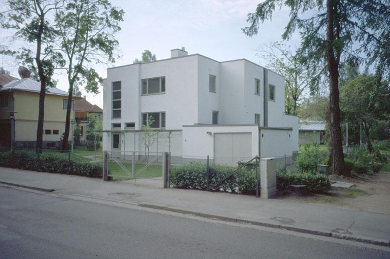Archivo:Aalto.CasaTammekann.JPG