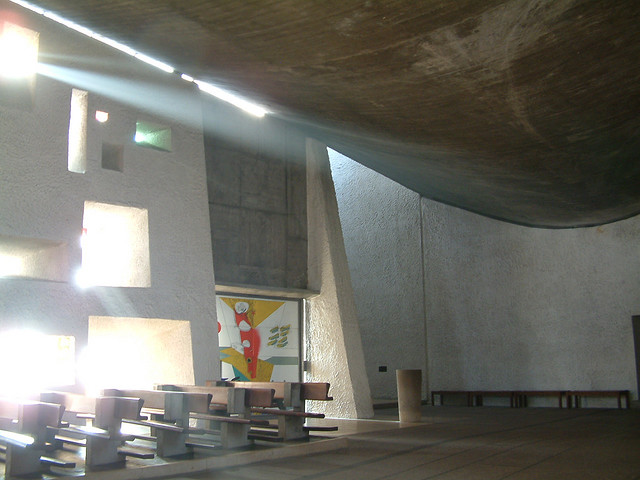 Archivo:LeCorebusier.Ronchamp.9.jpg
