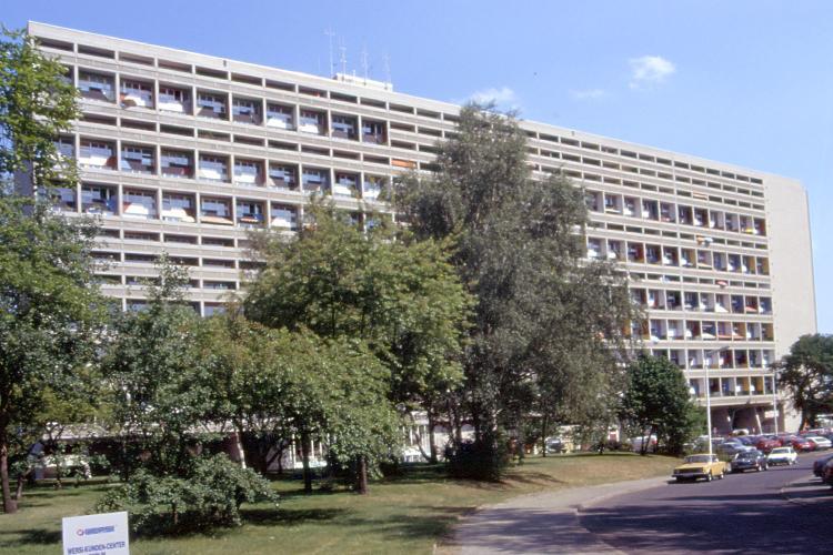 Archivo:Corbusier Unite Berlin.jpg
