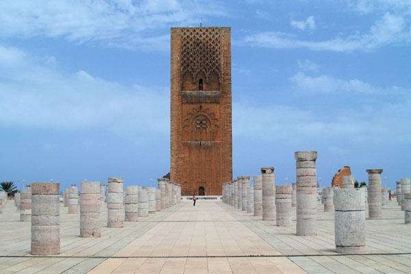 Archivo:Tour Hassan-Rabat.jpg