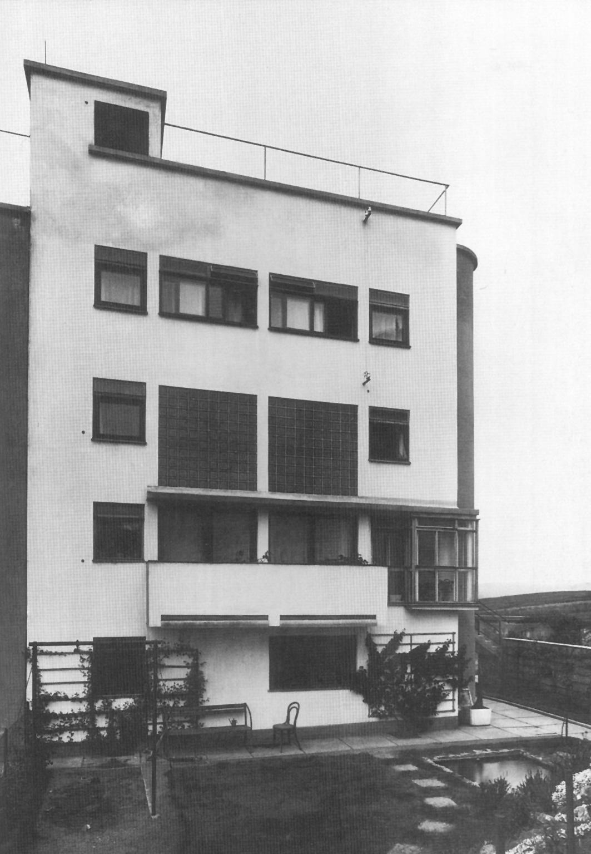 Casa fuchs urbipedia archivo de arquitectura for Arquitectura ergonomica