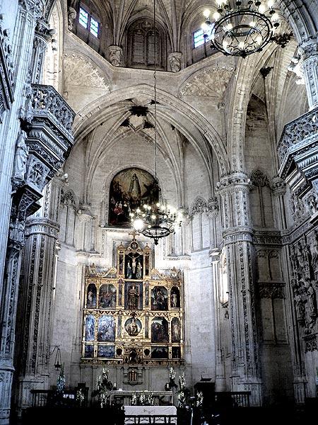 Archivo:San Juan de los Reyes, Toledo.jpg