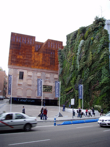 Caixaforum madrid urbipedia archivo de arquitectura - Caixa d estalvis i pensions de barcelona oficinas ...