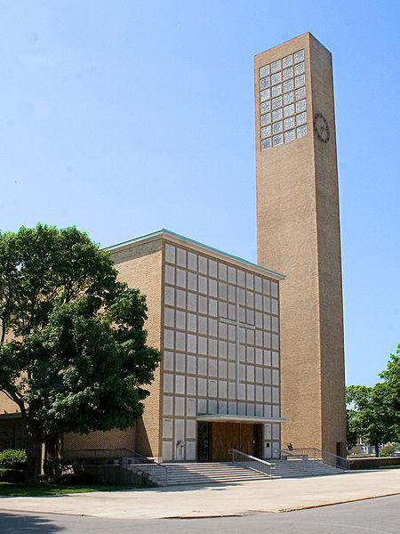 Archivo:Eliel Saarinen.Primera Iglesia Cristiana de Columbus.jpg