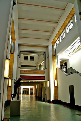 Archivo:Dudok.Raadhuis Hilversum.7.jpg