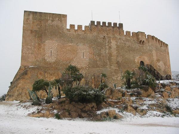 Archivo:CastilloPetrer.jpg