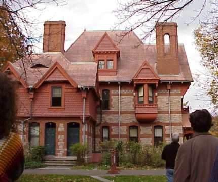 Archivo:Mark Twain house Hartford.JPG