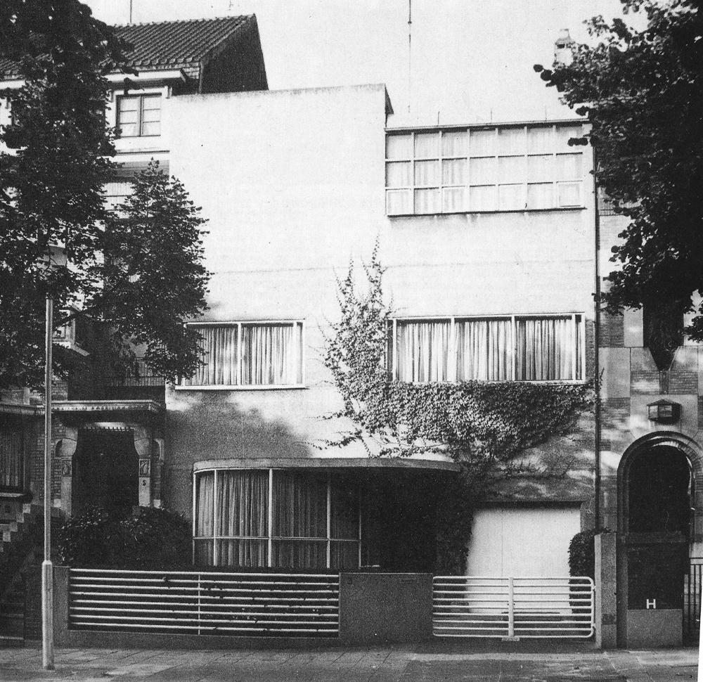 Casa philippe dotremont urbipedia archivo de arquitectura for Ladrillos traslucidos