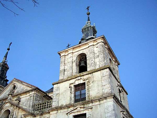 Archivo:Iglesia de Nuevo Baztán.jpg