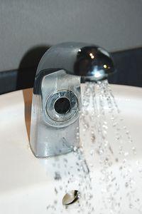 Grifo con Sistema de Ahorro de Agua
