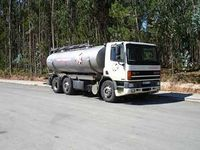 Camion cisterna.jpg