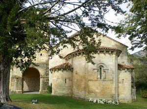 Monasterio de San Pedro de Villanueva - Iglesia01.jpg