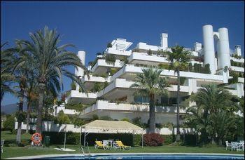FernandoHigueras.ApartamentosLasTerrazas.jpg