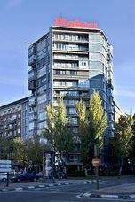 Apartamentos en Plaza Cristo Rey, Madrid (1955-1957) junto con Rafael García de Castro Peña