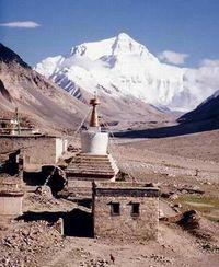 Monte Everest visto desde el Monasterio de Rongbuk
