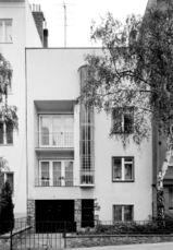 Edificio de 2 apartamentos en Zdráhalova 34, Brno (1931)