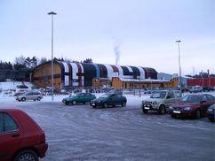 Pista de hielo Pinbackshallen, Märsta (1985)