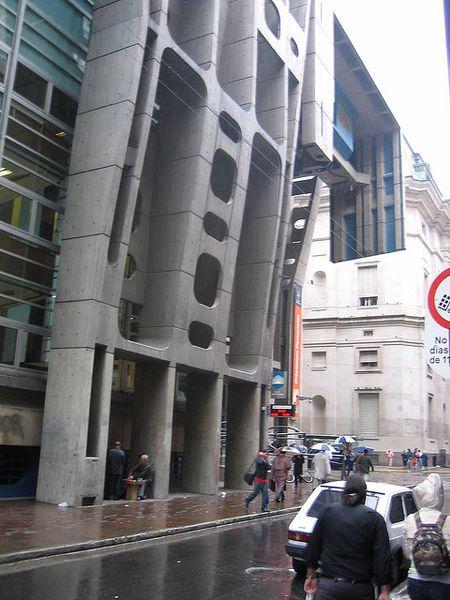 Archivo:ClorindoTesta.BancoLondres.3.jpg