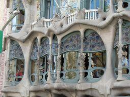 Gaudi.CasaBatllo.4.jpg