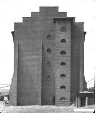 Fábrica de productos químicos Moritz Milch & Co, Luban (Polonia) (1911-1912)