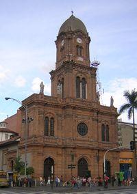 Iglesia San Jose-fachada-Medellin.JPG