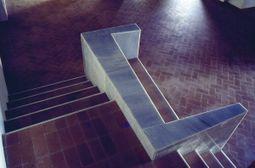 nueva escalera entre las plantas 1º y 2º