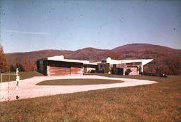 Casa Robinson, Williamstown, Massachusetts (1947-1948)