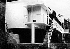 Eileen Gray. Casa E1027.4.jpg