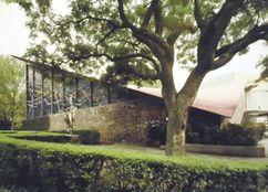 Capilla de Nuestra Señora de la Soledad, Coyoacán, México. (1955)