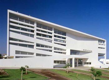 Biblioteca UCN.913508457 03 1.jpg