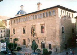 Casa consistorial de Liria.jpg