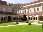 Fontenay cloitre.jpg