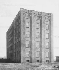 Edificio administrativo en Hannover (1923-1924)