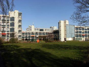 20130418 Amsterdam Nieuw West 17 De Drie Hoven.JPG