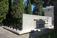 Panteón de españoles, Roma (1957-1958) junto con José María García de Paredes