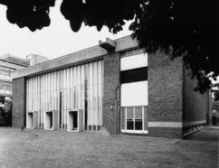 Colegio femenino en Haggerston (1963-1965)
