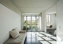 Lopez y Rivera.27 viviendas en Sant Adriá 35.2.jpg