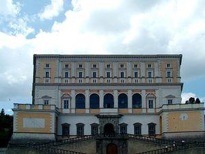 Villa Farnesio.jpg