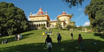 Vista de los jardines del palacio de Monserrate.