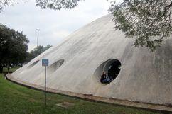Niemeyer.PabellonLucasNogueira.3.jpg