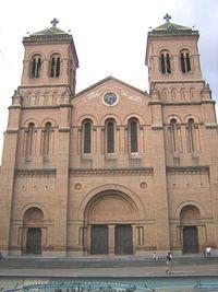 Catedral Metropolitana de Medellin- Fachada Principal.JPG