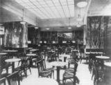 Café Capua, Viena (1913)