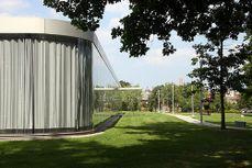 Sanaa.Pabellon de Cristal. Toledo Museum of Art.3.jpg