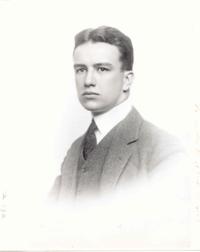 Retrato de Fuller alrededor de 1917.