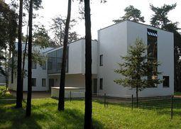 Gropius.Casas maestros Bauhas.Casa Kandinsky Klee.2.jpg