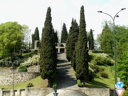 Terragni.MonumentoCaidosErba.1.jpg