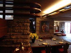 Frank Lloyd Wright - Fallingwater interior 8.JPG