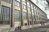 Escuela de Tissage, Lyon (junto con Jean Faure) (1930-1933)