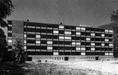 Viviendas de bajo coste en Locarno (1962-1965), junto con Luigi Snozzi