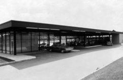 Estación de servicio ESSO, Montreal (1967-1968)